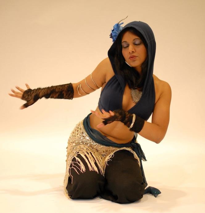 Female model photo shoot of Devika J Singh