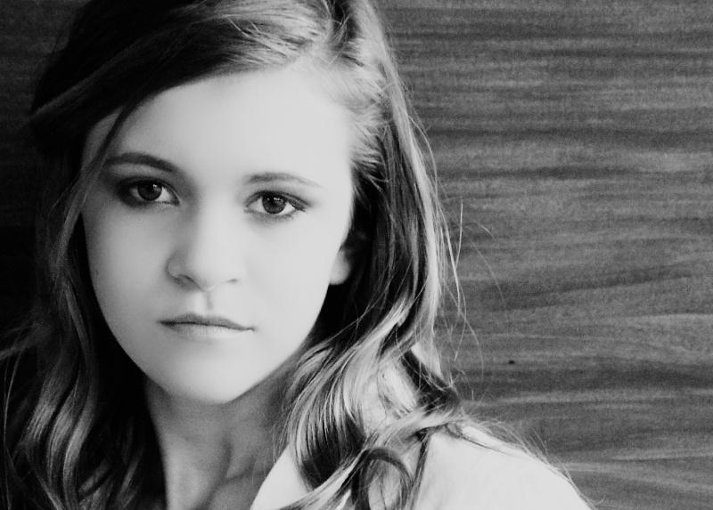 Female model photo shoot of Hannah Henson in Arlington, Texas