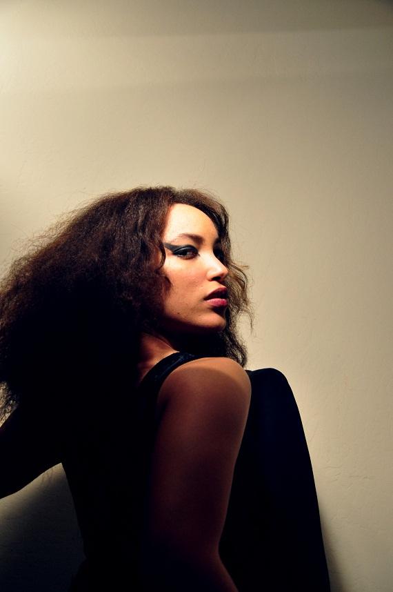 Female model photo shoot of Heidi Bailey