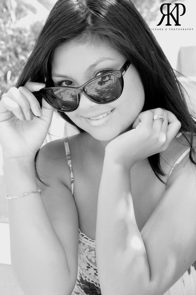 Female model photo shoot of kikay90