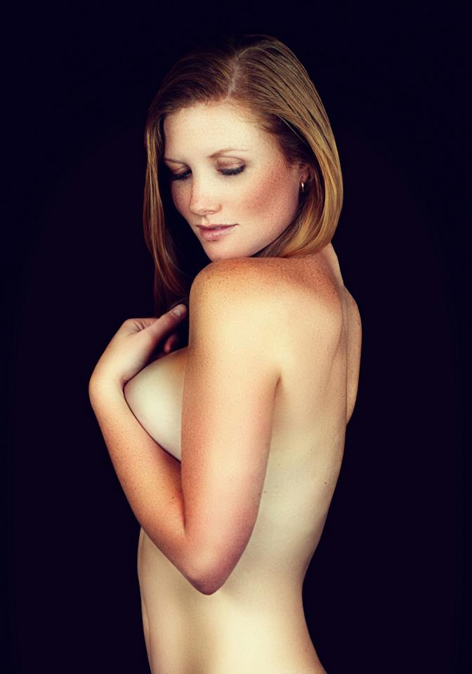 http://photos.modelmayhem.com/photos/120625/10/4fe8a01488ce4.jpg