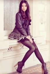 http://photos.modelmayhem.com/photos/120626/05/4fe9a4a5cb21e_m.jpg
