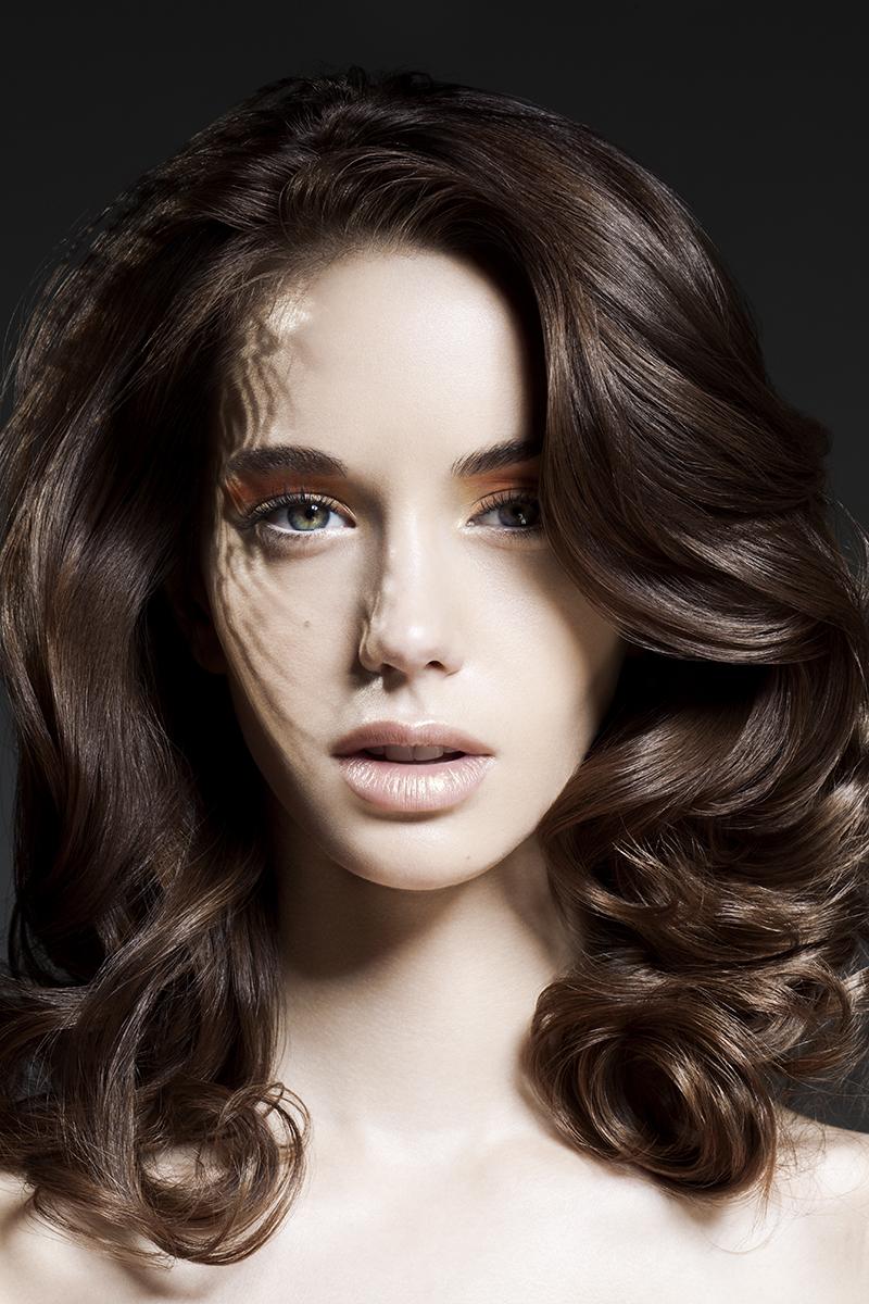 Female model photo shoot of Lulie Lens