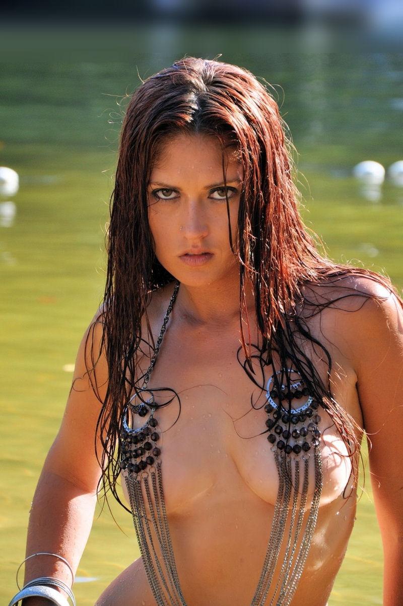 Female model photo shoot of Amy Sudbeck