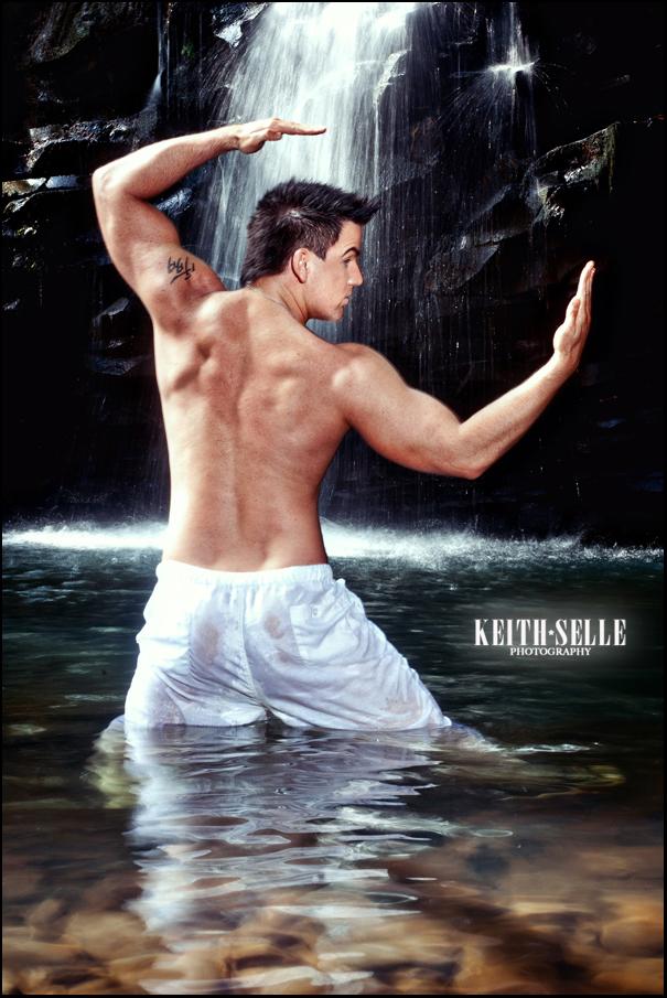 Male model photo shoot of Justin kase 09 in Maui, Hawaii