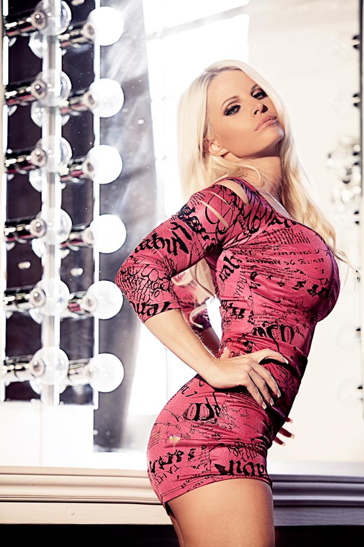 Female model photo shoot of  Kriss