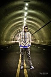 http://photos.modelmayhem.com/photos/120705/17/4ff62d5d15611_m.jpg
