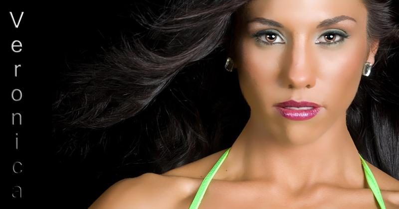 Female model photo shoot of V Moore86 by Rod Alexander