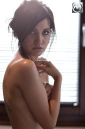 https://photos.modelmayhem.com/photos/120710/07/4ffc368c6e17d_m.jpg