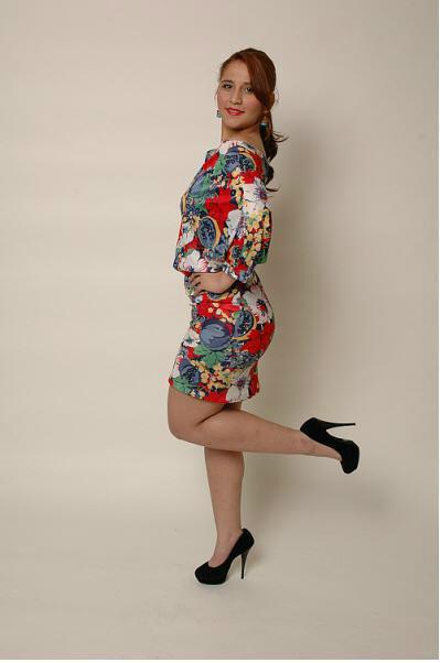 Female model photo shoot of Astrid Vallecillo