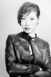 http://photos.modelmayhem.com/photos/120712/04/4ffeb74f50aeb_m.jpg