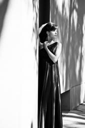 https://photos.modelmayhem.com/photos/120712/22/4fffad95e8391_m.jpg