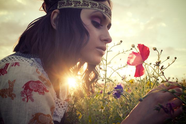 Female model photo shoot of Ellie Ellis