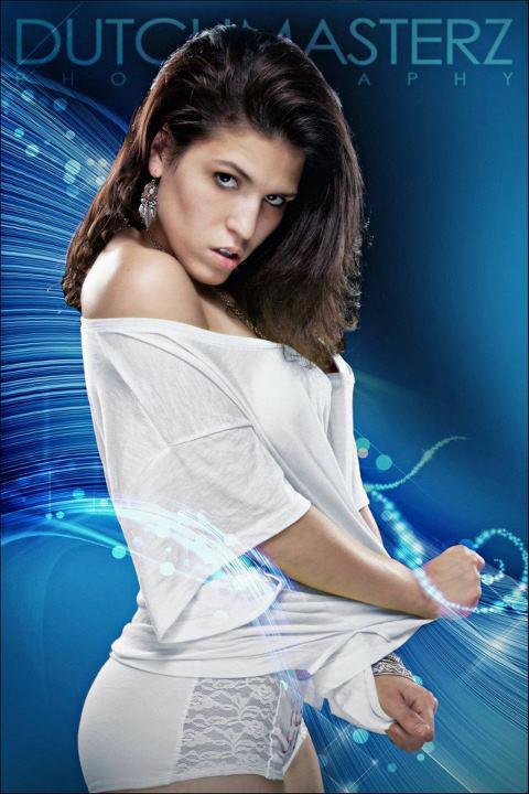 http://photos.modelmayhem.com/photos/120715/18/5003726515065.jpg