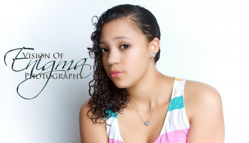 Female model photo shoot of Ariana Garrison