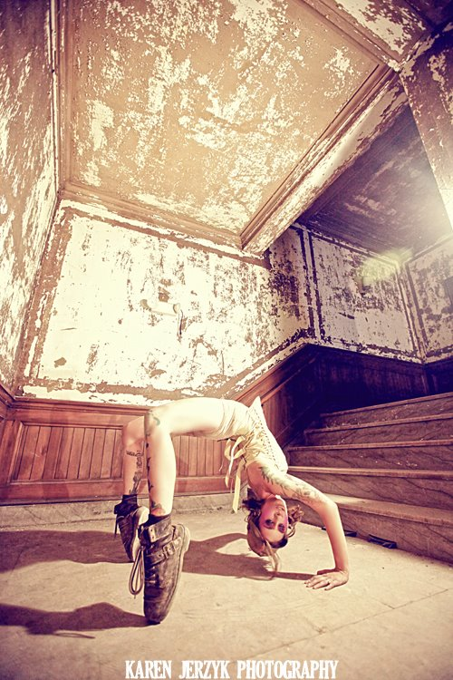 Jul 18, 2012 Victory Theatre - model Melissa Robin