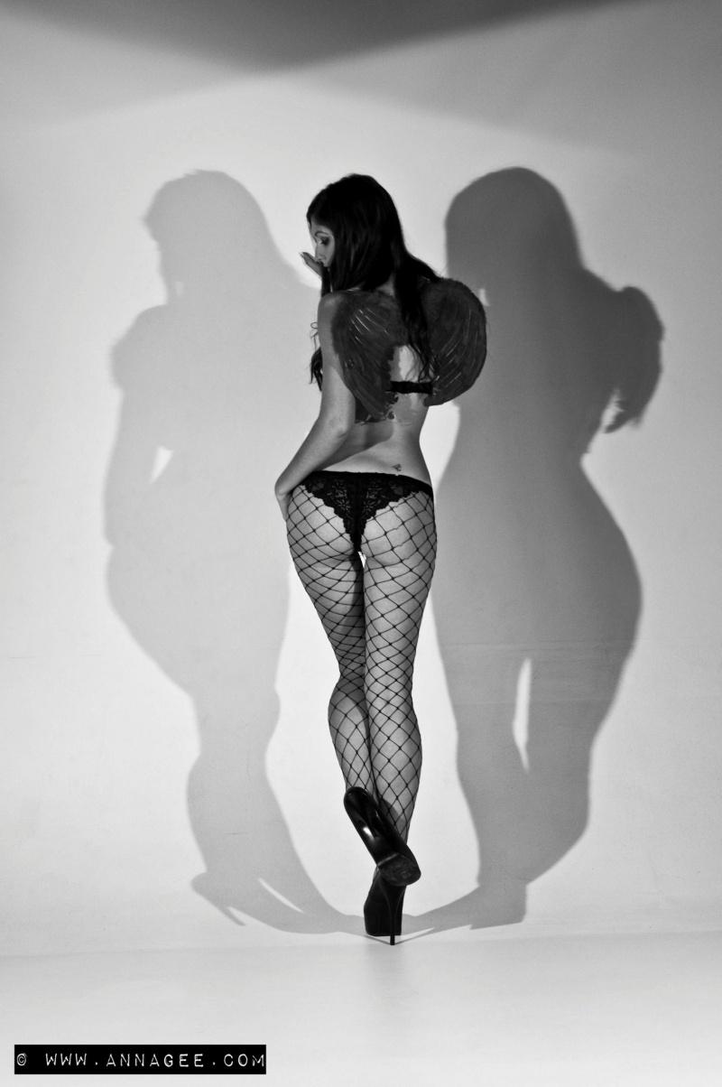 Female model photo shoot of Tashi-Lee by AnnA gEE fOtOs