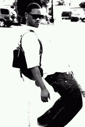 Male model photo shoot of SEAN DEVON