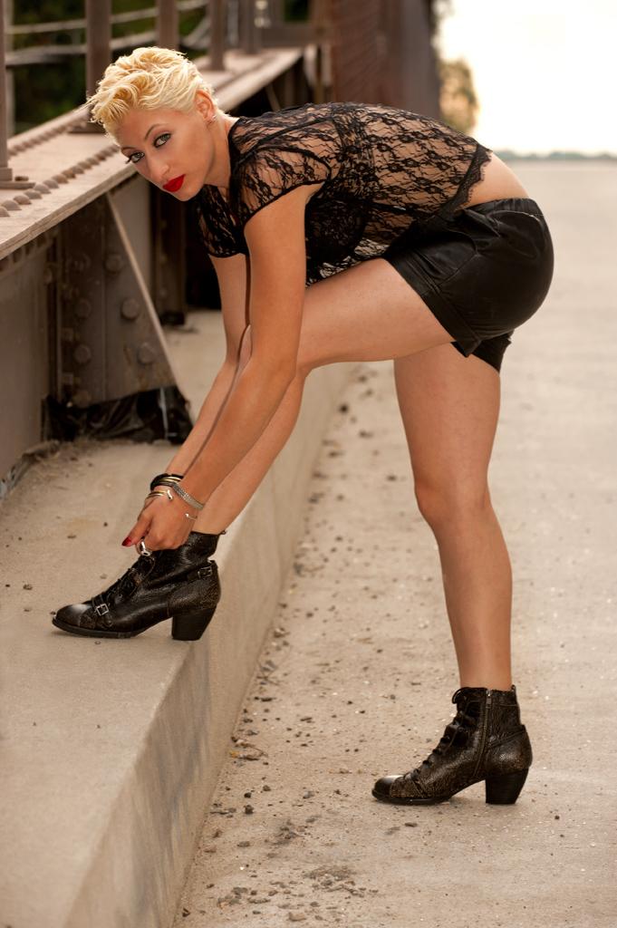 Jul 25, 2012 Bruce Herlitschek The Art of Imagings Legs