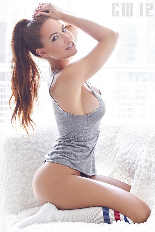 Female model photo shoot of Karolina Wozniak