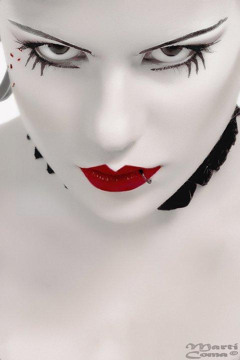Female model photo shoot of Txell Skull Candy
