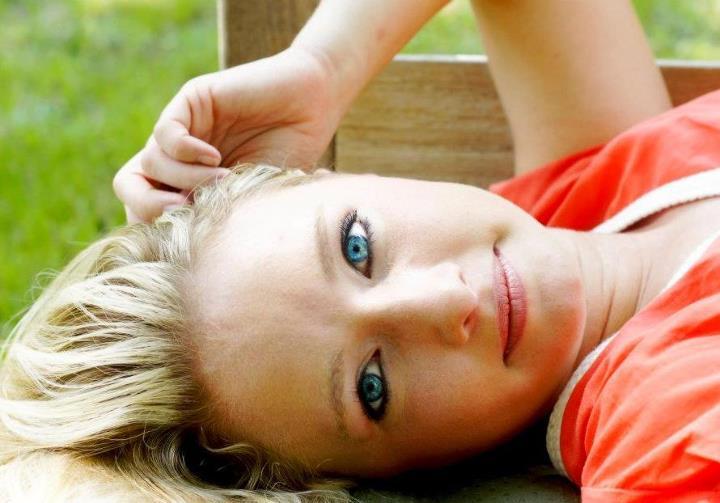 Female model photo shoot of OliviaGirl