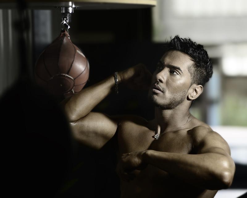 Male model photo shoot of Mun Dhariwal by David Otokpa