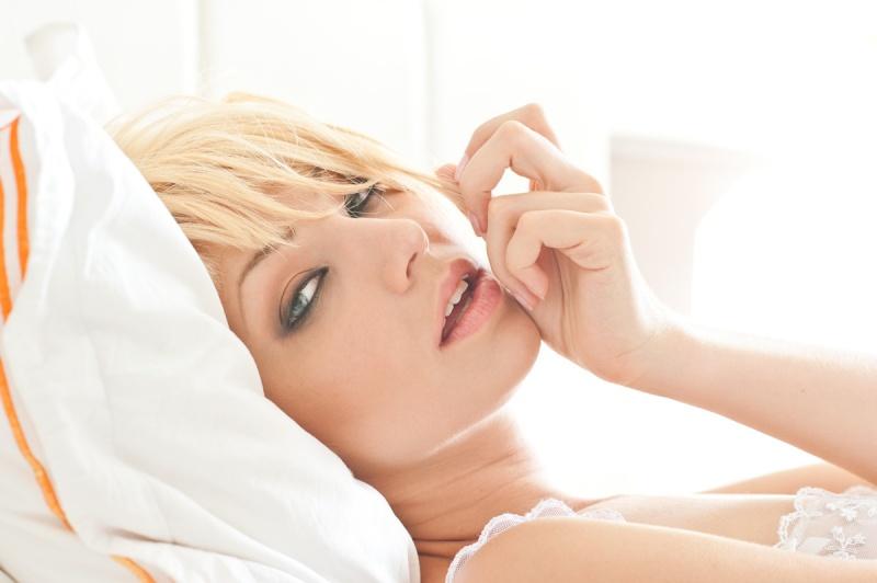 Female model photo shoot of Bethany