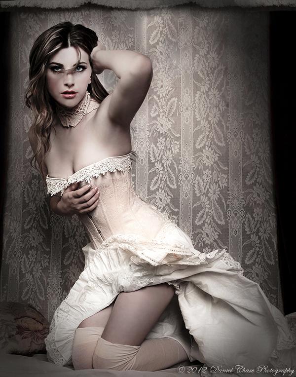 http://photos.modelmayhem.com/photos/120803/01/501b8cf76b6d3.jpg