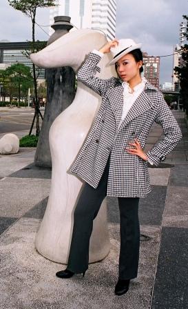 Male model photo shoot of usaphotog in Taipei
