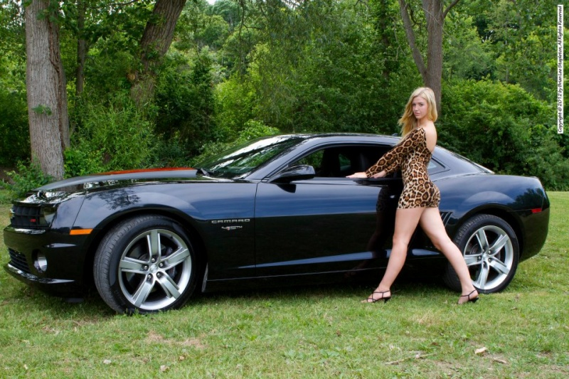 Female model photo shoot of Breezy Lynne