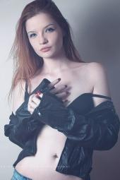 https://photos.modelmayhem.com/photos/120824/05/503776023dbf5_m.jpg