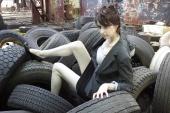 https://photos.modelmayhem.com/photos/120827/11/503bc0bea0846_m.jpg