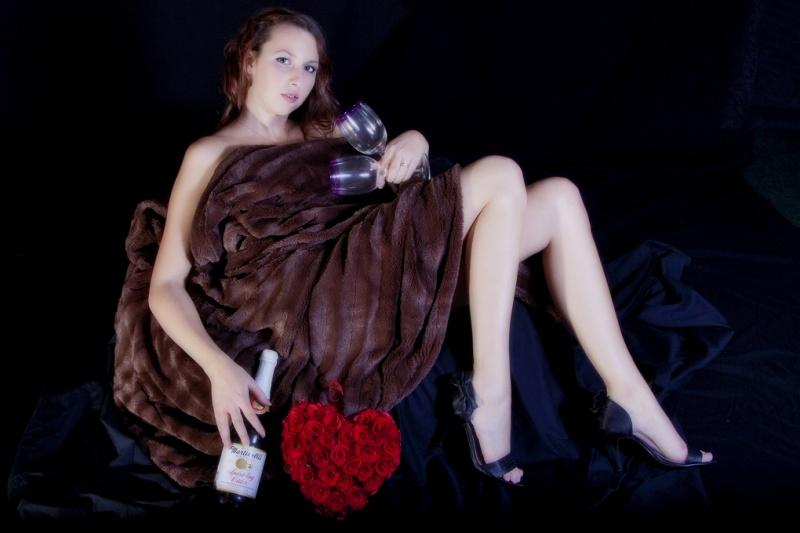 Female model photo shoot of Kelly Pepper