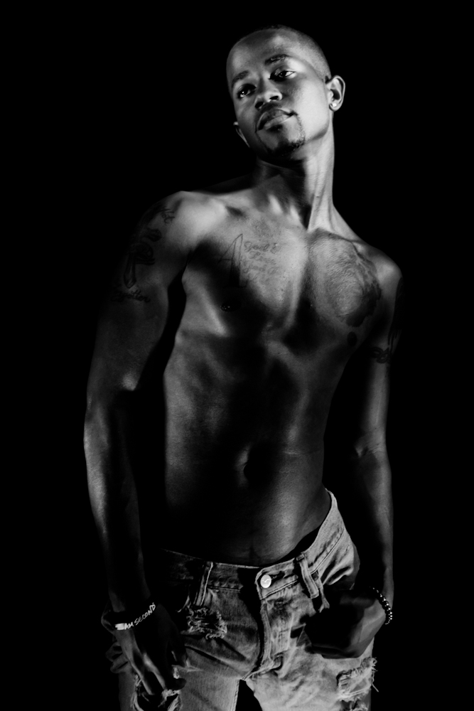 Male model photo shoot of Adrian Jacobs