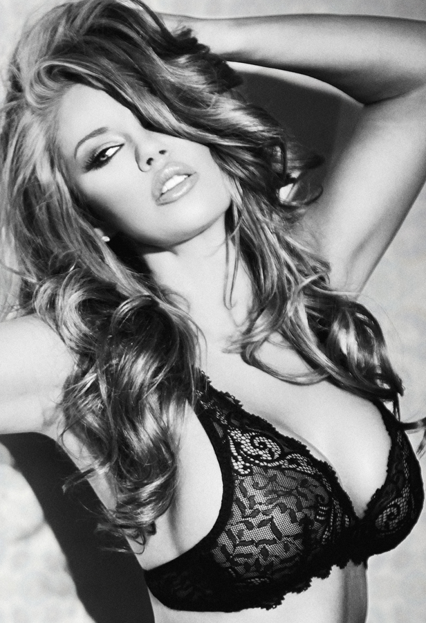 Los Angeles Sep 04, 2012 GEA Photo Jessa Hinton - MU and hair by me