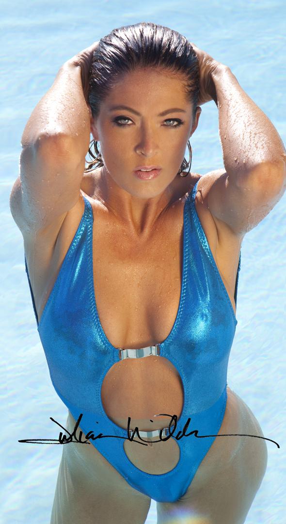 http://photos.modelmayhem.com/photos/120904/20/5046c8f1f3120.jpg