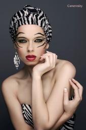 http://photos.modelmayhem.com/photos/120905/03/50472f6081b69_m.jpg