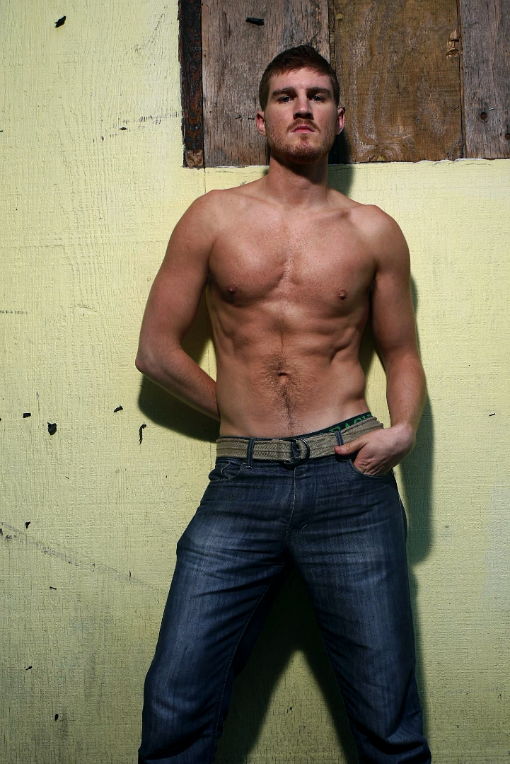 Chicago Model Mayhem 160 Lb Male Male - Male Models Picture