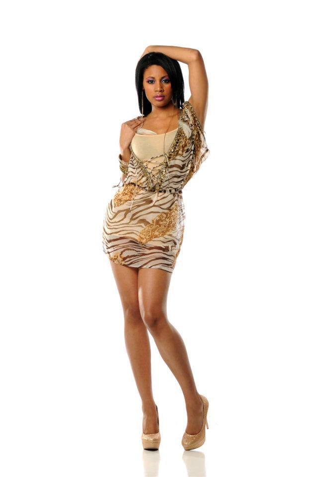 Female model photo shoot of Rhaegan Dye