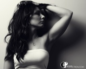 http://photos.modelmayhem.com/photos/120925/17/50624febefc8b_m.jpg