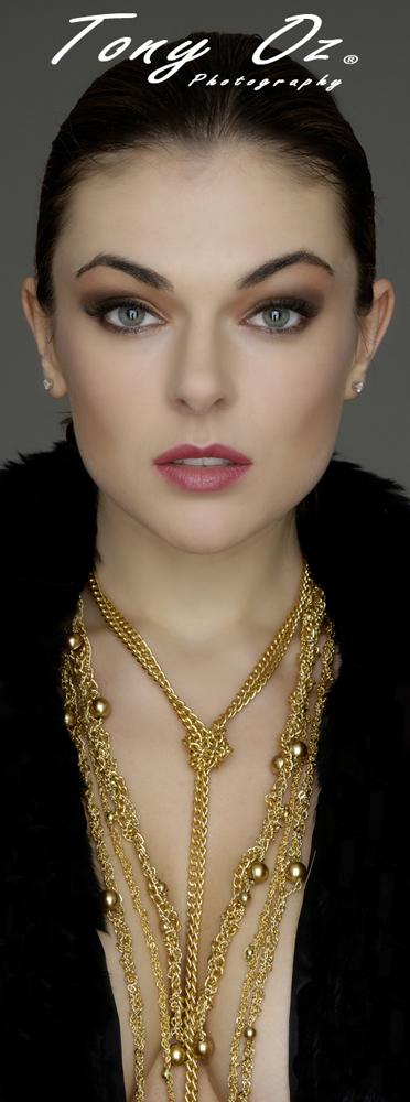 Sep 26, 2012 Serinda Swan