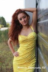 http://photos.modelmayhem.com/photos/121002/16/506b74688ec3d_m.jpg