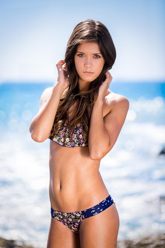 https://photos.modelmayhem.com/photos/121003/21/506d0e6714f47.jpg
