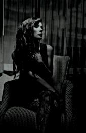 http://photos.modelmayhem.com/photos/121004/11/506dd2f1c8abd_m.jpg