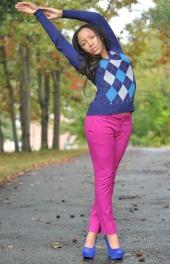 http://photos.modelmayhem.com/photos/121004/19/506e48f67064b_m.jpg