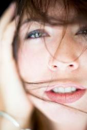 http://photos.modelmayhem.com/photos/121012/22/5078fb1233139_m.jpg