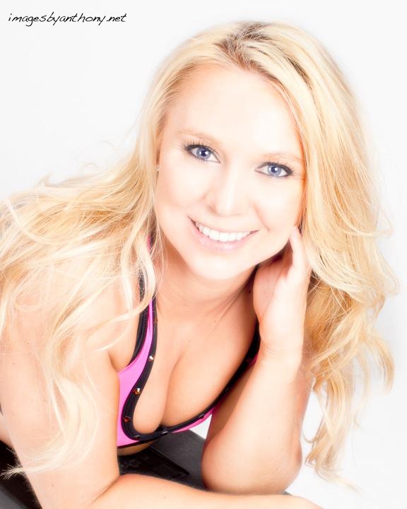 Female model photo shoot of Amanda Marie Scavo