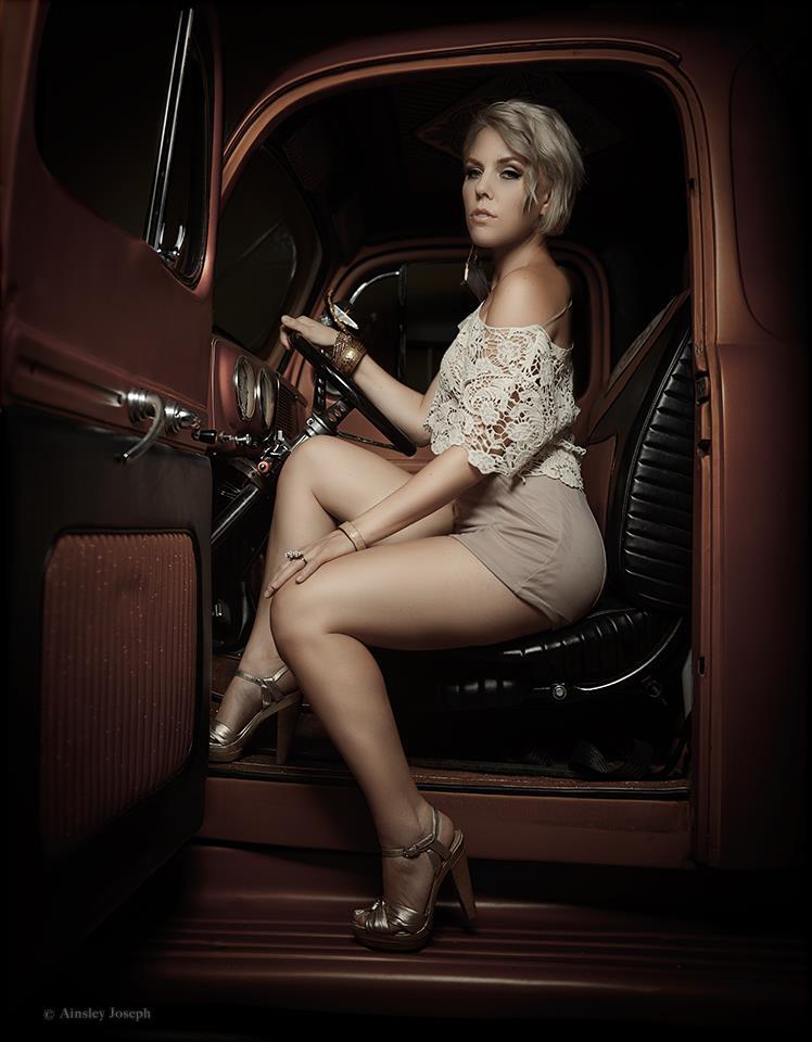 Female model photo shoot of Lorena Guadarrama