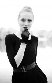https://photos.modelmayhem.com/photos/121024/13/508855f1dae56_m.jpg